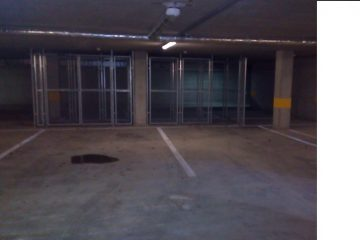 Debrecen, Békessy Béla utca - Garage is for rent close to Uni