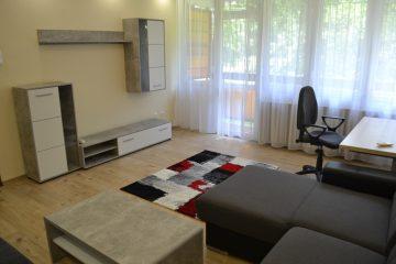 Debrecen, Poroszlay út - Renewed flat in green area