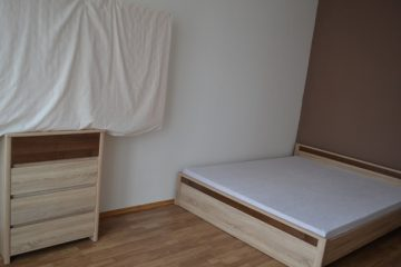 Debrecen, Jerikó utca - One room is for rent in a sunny flat next to McDonalds