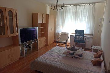 Debrecen, Bethlen utca - 3 bedrooms flat for Girls