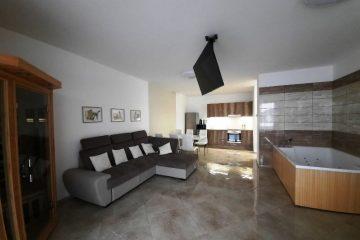 Debrecen, Hunyadi János utca - Brand new flat in Párizsi Udvar